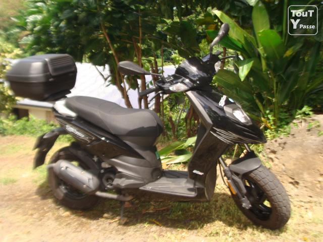 photo de PIAGGIO TYPHOON 50 CC