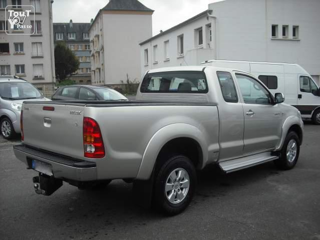 plateau benne neuve toyota hilux xtra cab de 2008 morbihan. Black Bedroom Furniture Sets. Home Design Ideas