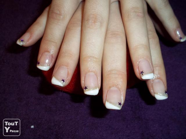 Photo POSE D'ONGLE GEL UV  A DOMICILE BOURGOIN image 1/1