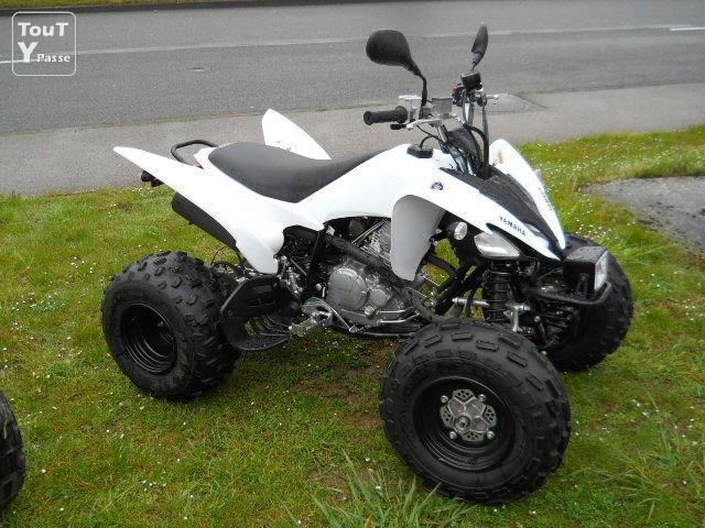 quad yamaha yfm 250 r raptor laval 53000. Black Bedroom Furniture Sets. Home Design Ideas