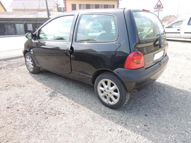 renault twingo 1 2 16v initiale 2004 cuir jante alu 115000 km valdoie 90300. Black Bedroom Furniture Sets. Home Design Ideas