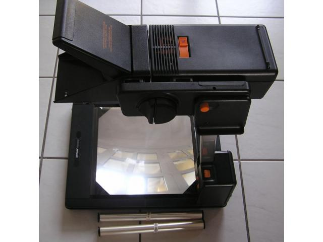 photo de Rétroprojecteur portatif – Projecteur portable pour transparents