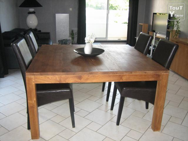 Table a manger teck for Table de salle a manger carre