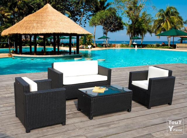 salon de jardin monica en r sine tress e prix casse 459ttc uz s 30700. Black Bedroom Furniture Sets. Home Design Ideas