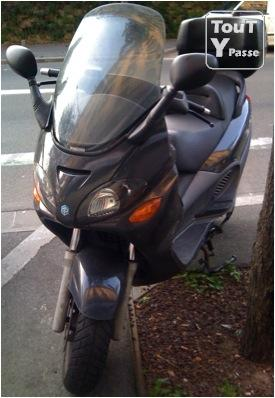 photo de Scooter PIAGGIO X9 - vendu en etat