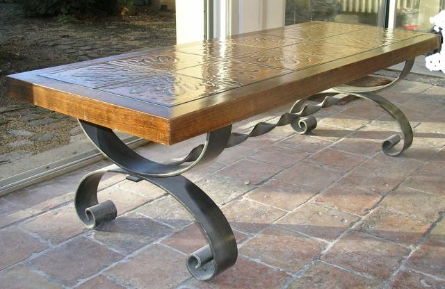 Table basse bois et fer forg laval 53000 for Table bois pied fer forge