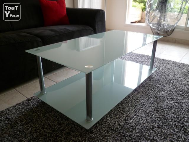 Table basse de salon en verre blanc 2 plateaux rouen 76000 - Table salon verre conforama ...