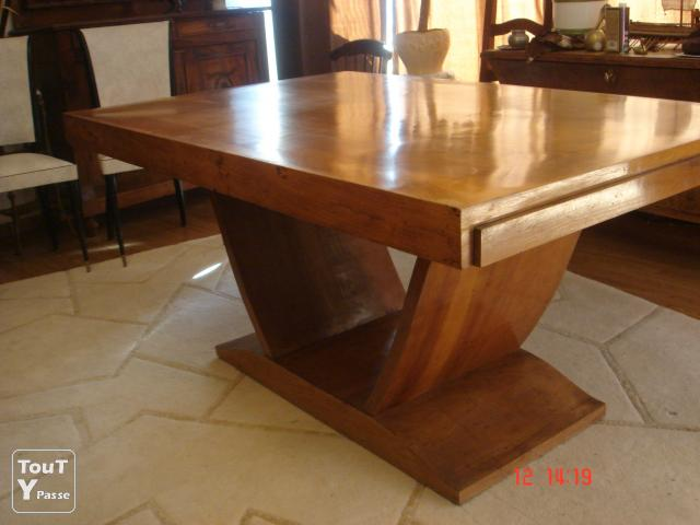 Table de salle a manger art deco cournonsec 34660 for Table de salle a manger style ancien