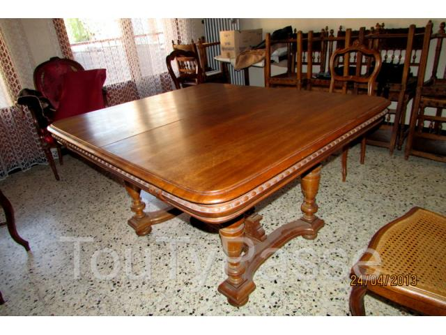 table style henri ii vendre aabasene. Black Bedroom Furniture Sets. Home Design Ideas