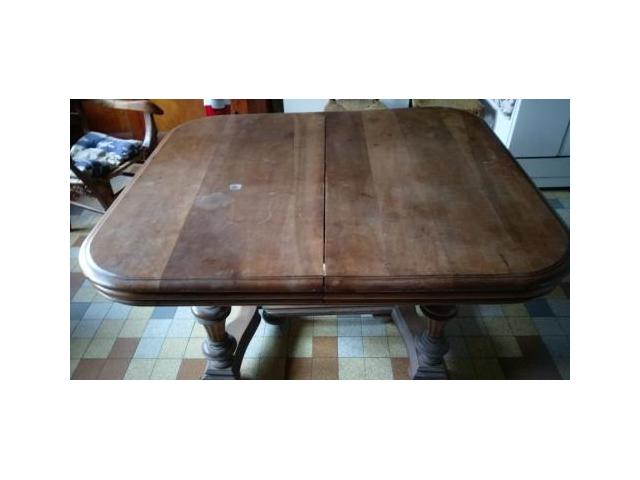 Tables carre a rallonges amb rieu en bugey 01500 - Table carre rallonge ...