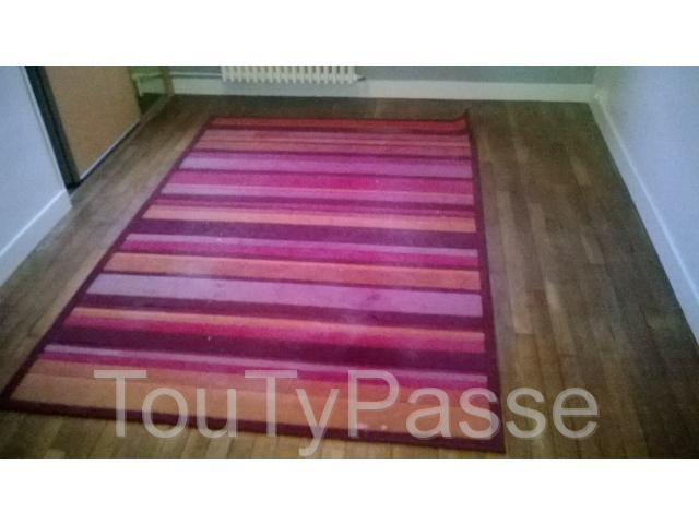 photo de Tapis violet mauve