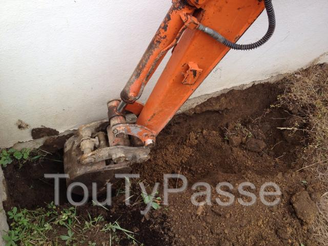 photo de TERRASSEMENT - DEMOLITION - ARRACHAGE DE HAIE