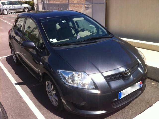 toyota auris 126 d4d sol 5p radars de recul montpellier 34000. Black Bedroom Furniture Sets. Home Design Ideas