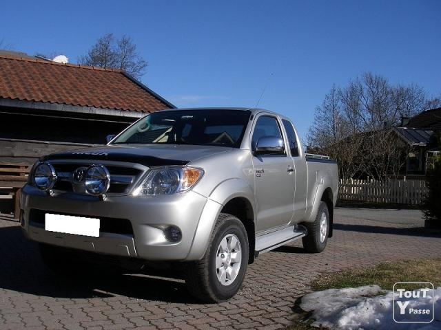 toyota hilux d occasion 2012 double cabine 4x4 autos post. Black Bedroom Furniture Sets. Home Design Ideas