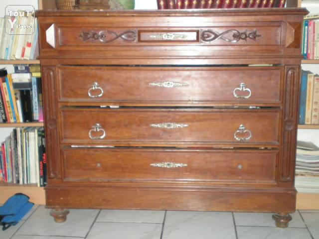 une commode ancienne toulouse 31000. Black Bedroom Furniture Sets. Home Design Ideas