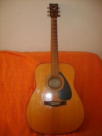 vend guitare folk yamaha d 39 occasion nice 06000. Black Bedroom Furniture Sets. Home Design Ideas