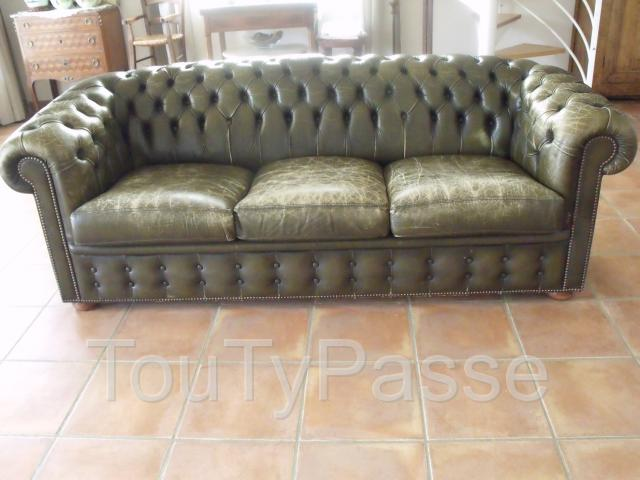 annonces magasin canape chesterfield a lyon. Black Bedroom Furniture Sets. Home Design Ideas