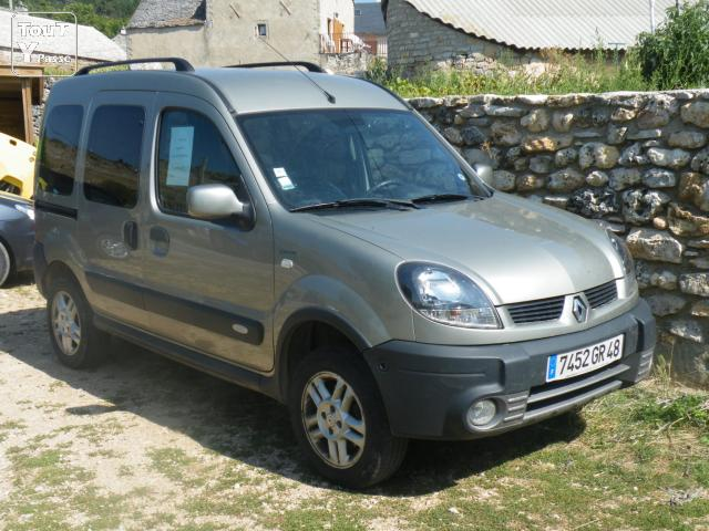 pneu kangoo 2 2 roue complet renault kangoo 2 pneus continental 195 65 r15 91t jante 5 trou. Black Bedroom Furniture Sets. Home Design Ideas