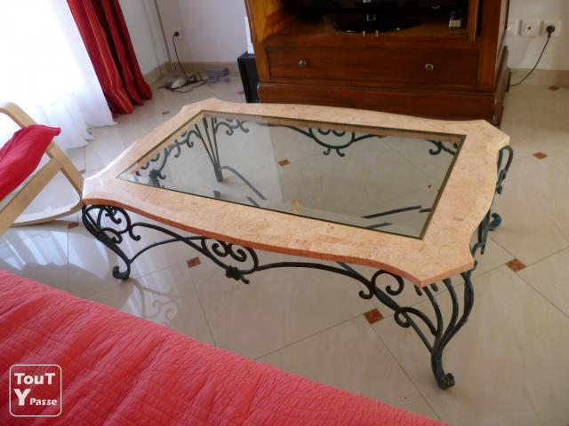 Vends table basse en verre marbre et fer forg grez sur for Table basse fer forge plateau verre