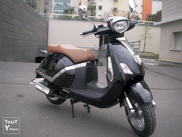 vente de scooter 50cc 125cc chinois pas cher saint ouen 93400. Black Bedroom Furniture Sets. Home Design Ideas