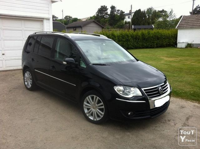 volkswagen touran 1 9 tdi highline exclusive occasion pas. Black Bedroom Furniture Sets. Home Design Ideas