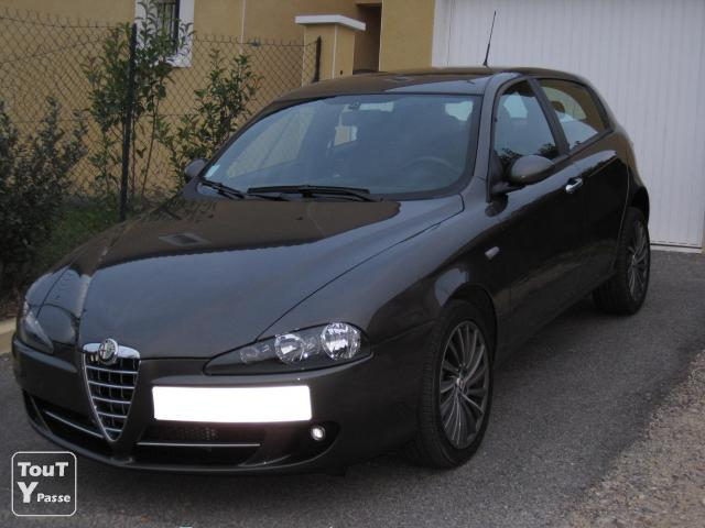 alfa romeo 147 1 9 jtdm unica 5p 120cv manosque 04100. Black Bedroom Furniture Sets. Home Design Ideas