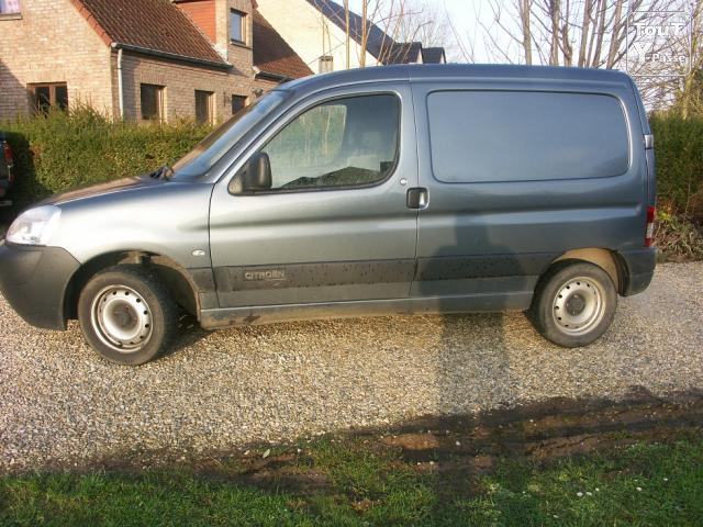 Photo CITROEN BERLINGO image 2/6