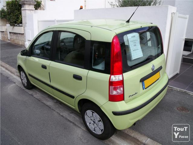 fiat panda 2004 1 1 8v active 70 000km 3 000 la rochelle 17000. Black Bedroom Furniture Sets. Home Design Ideas