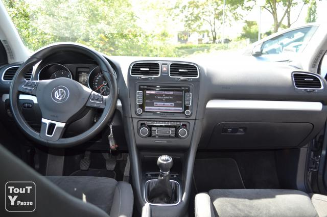golf 6 interieur file vw golf variant vi 1 6 tdi highline shadow blue volkswagen golf v topic. Black Bedroom Furniture Sets. Home Design Ideas