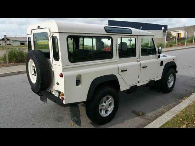land rover defender 110 tdi vannes 56000. Black Bedroom Furniture Sets. Home Design Ideas