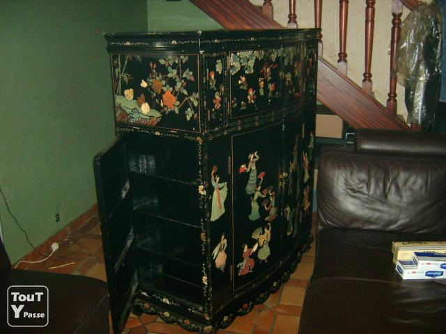 meuble bar chinois ancien carcassonne 11000. Black Bedroom Furniture Sets. Home Design Ideas