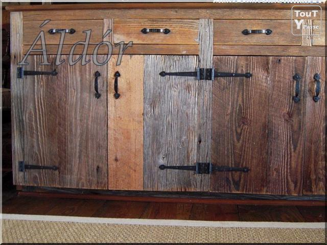 meuble de cuisine en bois antique. Black Bedroom Furniture Sets. Home Design Ideas