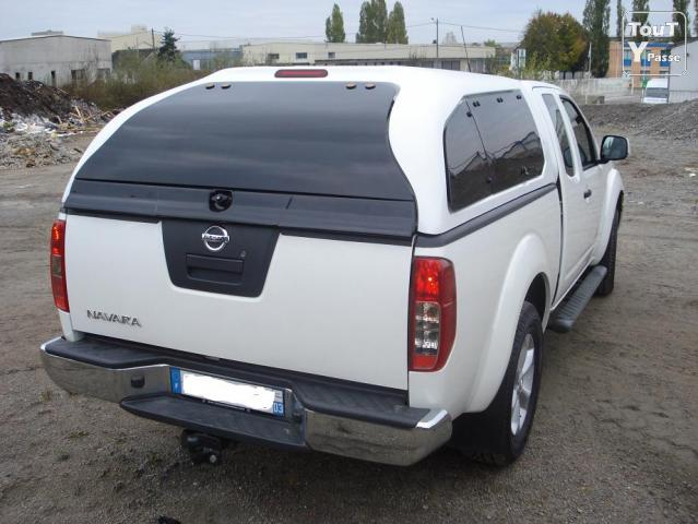 nissan navara 4x4 pick up comme neuf auvergne. Black Bedroom Furniture Sets. Home Design Ideas