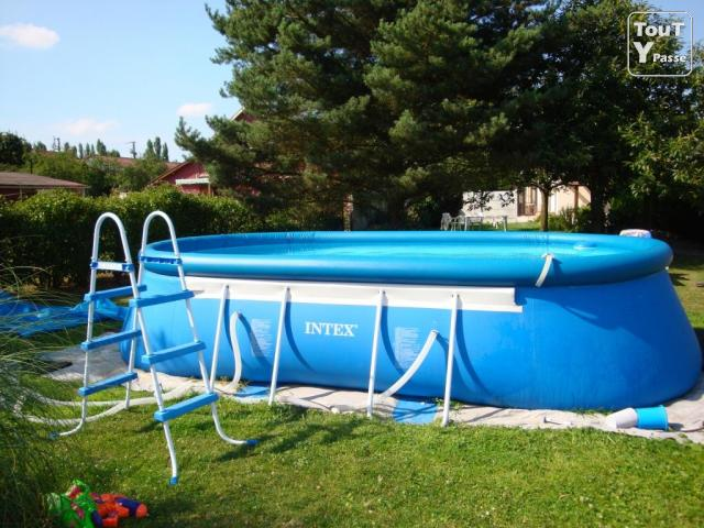 Piscine autoportante intex vendeuil 02800 - Piscine autoportee prix ...