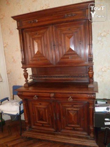 vend meuble ancien henri 4 mons en baroeul 59370. Black Bedroom Furniture Sets. Home Design Ideas