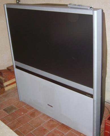 Vend t l vision grand cran 125 cm cher for Meuble tv grand ecran