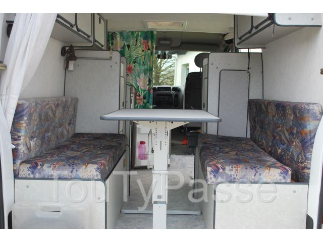 vends fourgon am nag renault master h1l1 2 8ltdi brion pr s thouet 79290. Black Bedroom Furniture Sets. Home Design Ideas