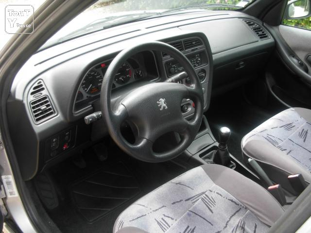 A vendre peugeot 306 break hdi 90 cv ch tillon sur for Interieur 306 annee 2000