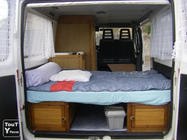 camion am nage il est en 6 places possibiliter 9 places thouars 79100. Black Bedroom Furniture Sets. Home Design Ideas