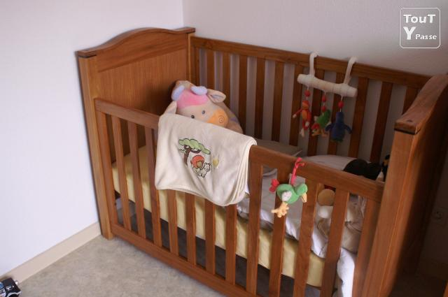 Chambre bebe bruy res 88600 for Natalys metz