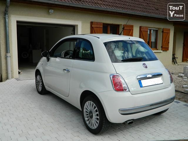 fiat 500 blanche 1 2 l lounge 24000 kms dijon 21000. Black Bedroom Furniture Sets. Home Design Ideas