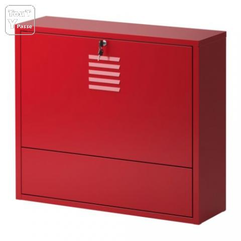lots meubles m tal type industrielle rouge ikea ps mecquignies 59570. Black Bedroom Furniture Sets. Home Design Ideas