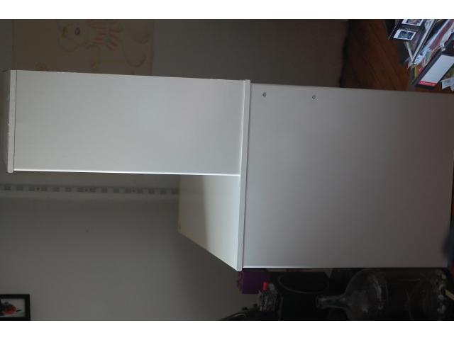 Meuble de bureau ikea beersel 1650 for Meuble bureau ordinateur ikea