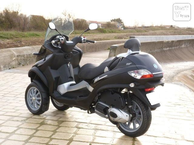 piaggio mp3 300 lt occasion pas cher mettet 5640 annonces scooter cyclomoteur d 39 occasion. Black Bedroom Furniture Sets. Home Design Ideas