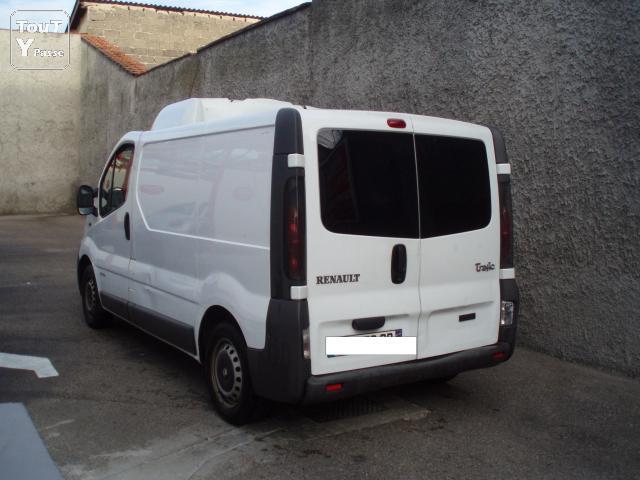 renault trafic frigorifique 80 dci rh ne. Black Bedroom Furniture Sets. Home Design Ideas