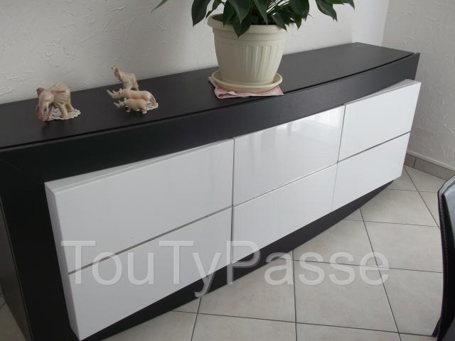 salle manger buffet table rallonge 6 chaises aabasene. Black Bedroom Furniture Sets. Home Design Ideas