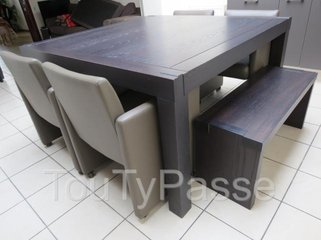 Table carr e 2 bancs et 4 si ges tournai 7500 for Table salle a manger avec banc