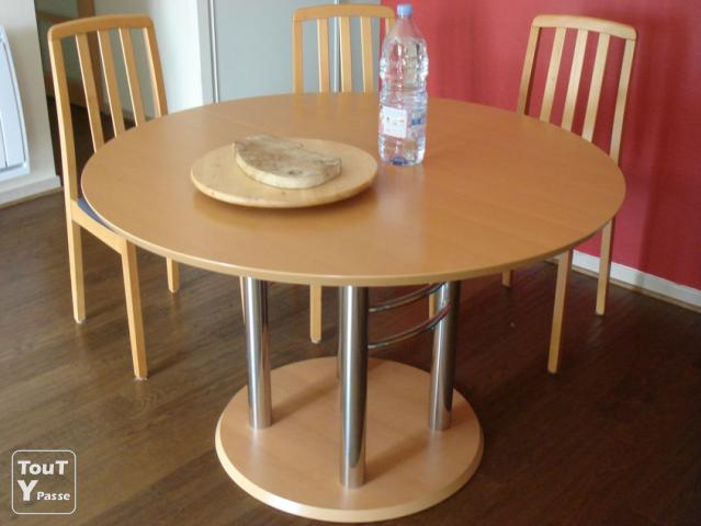 Table ronde design avec rallonge camblanes et meynac 33360 Table rallonge design