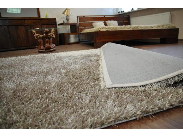 tapis shaggy lilou taupe 60x110 cm 24 99 marly 57155. Black Bedroom Furniture Sets. Home Design Ideas