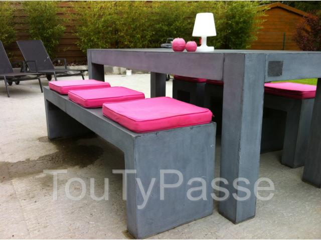 ensemble table banc tabourets de jardin arlon bonnert 6700. Black Bedroom Furniture Sets. Home Design Ideas
